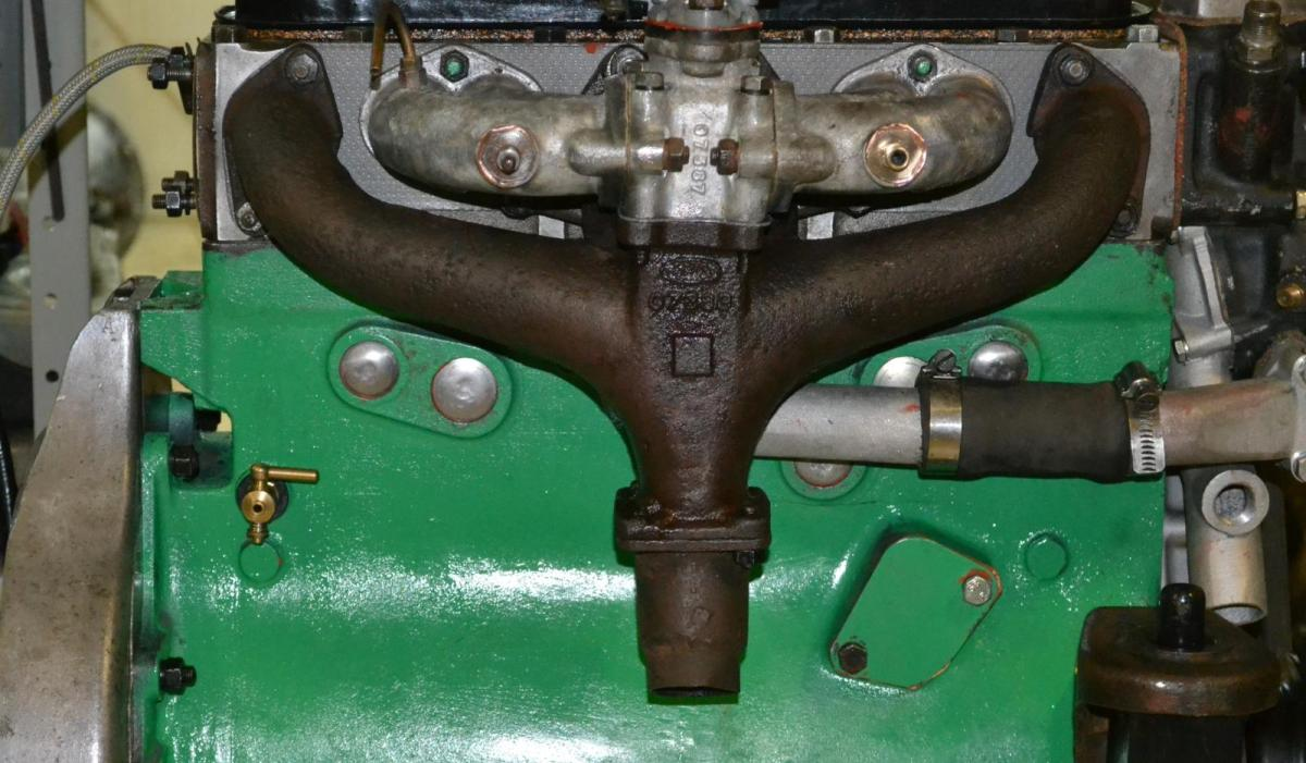 """רובר 10: שפוץ מנוע כ""""ב."""